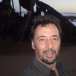 De mares, óleos y costas, entrevista a Adrián Veiga