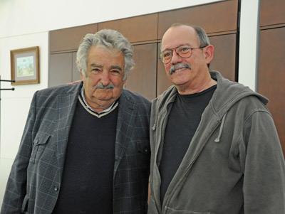 Silvio Rodríguez visitó al presidente José Mujica horas antes del recital en Montevideo - Fotógrafo editor - Gerardo Carella - Fotografía - Secretaría de Comunicación - Presidencia de la República