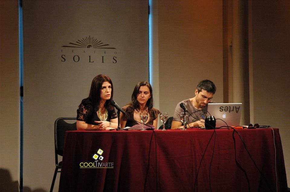 imagen - Conferencia Manuel Vason, fotógrafo italiano - Teatro Solís - Noviembre 2010 © Federico Meneses