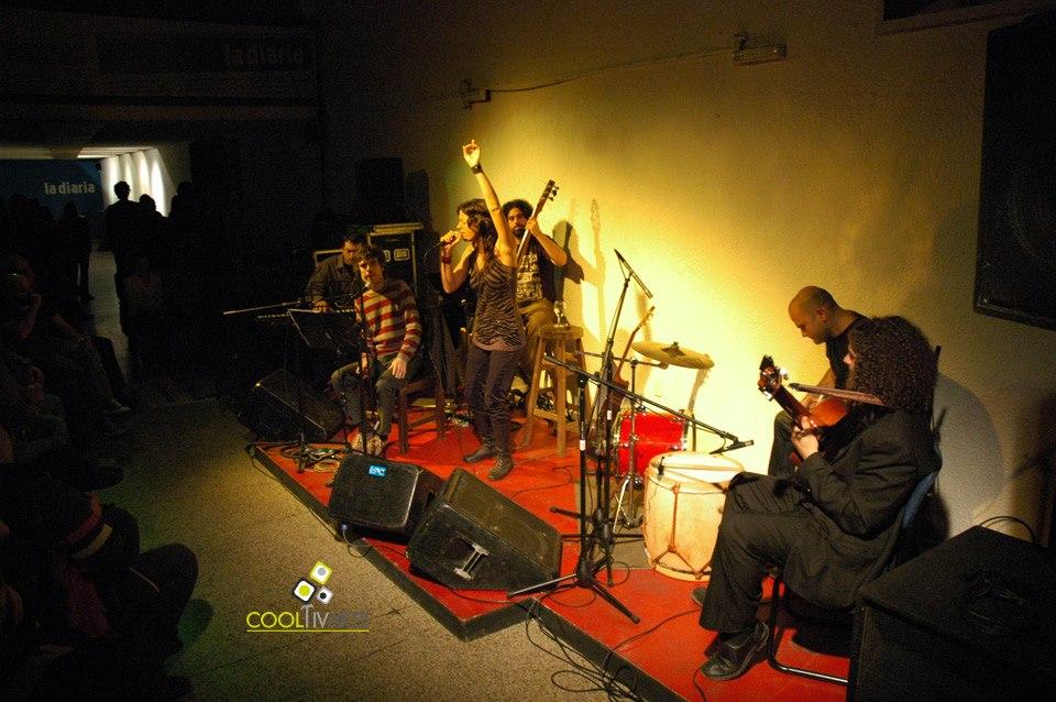 imagen - MAIA CASTRO en Café la Diaria. Invitado especial: Fernando Cabrera. 16 de setiembre 2010 © Federico Meneses