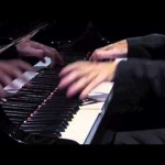 Bicho Feeling Home piano solo teatro solis