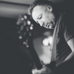 Leyenda y pico. Peter Hook and The Light en vivo, La Trastienda Club Montevideo