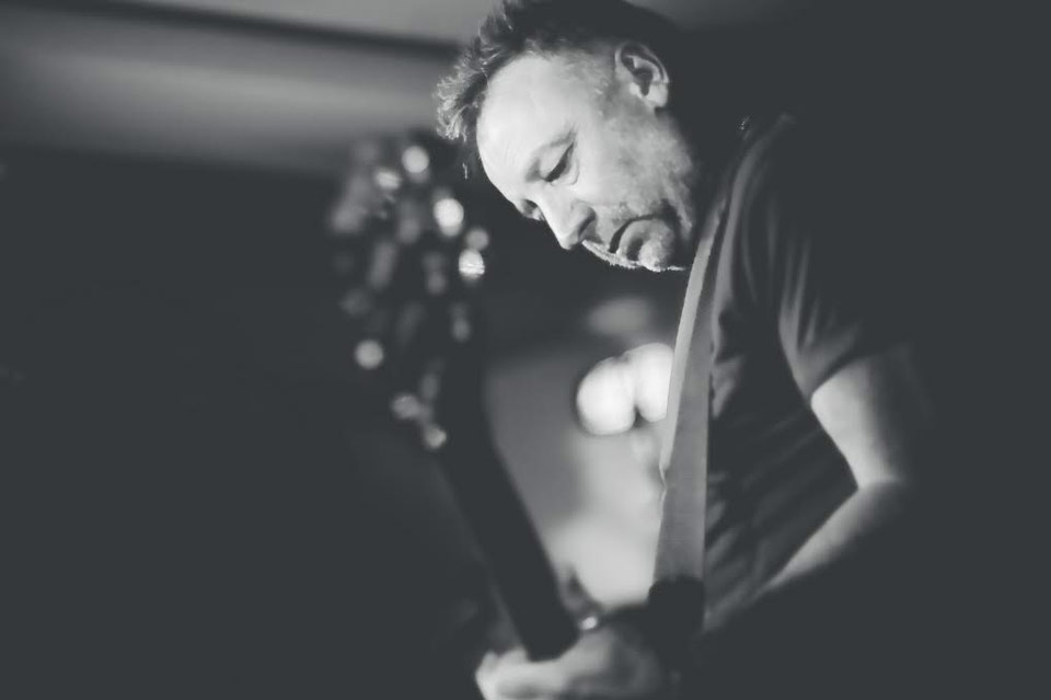 imagen - Peter Hook and The Light en vivo