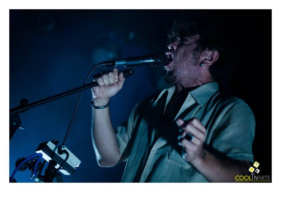 "imagen - BUENOS MUCHACHOS en Bluzz Live ""chau arena, hola cemento"" 13.Dic.2015 Foto © Lucía Aguirre"