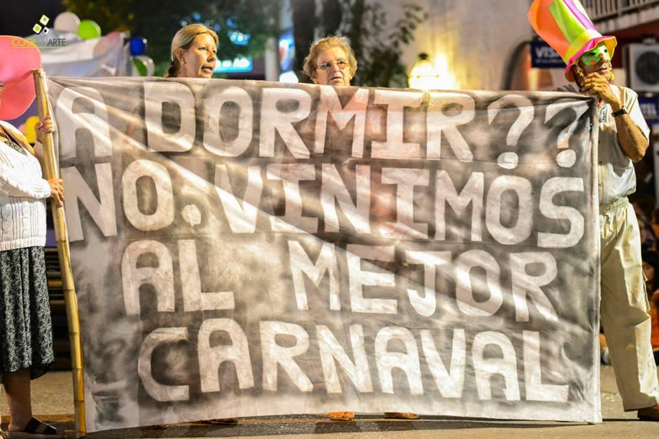 imagen - Desfile de carnaval en Rosario (Colonia) Febrero 2015 Fotos © Daniela Hernández