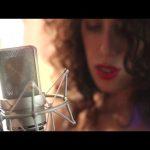 Canción para bañar la luna • Paula Maffia