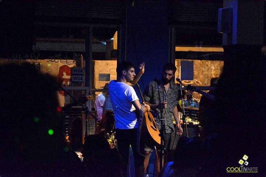 imagen - Hermanos Láser acústico en Bluzz Bar - Febrero 2015 - Foto © Federico Meneses
