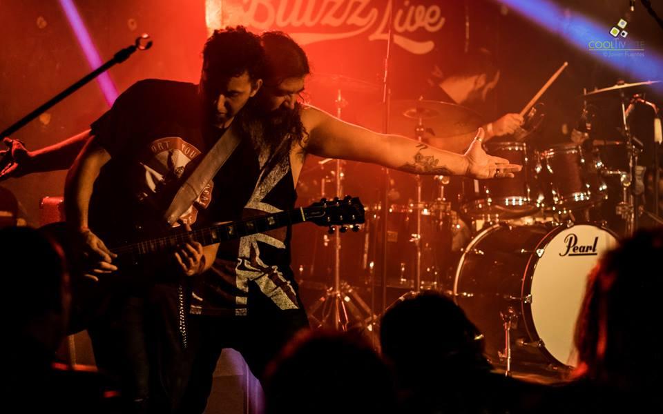imagen - Tributo a Pearl Jam - Claudio Pintos, Diego Bustamante, Federico Valenzuela, Rodrigo Trobo y Frank Lampariello. 29 de Mayo 2015 - Foto © Javier Fuentes