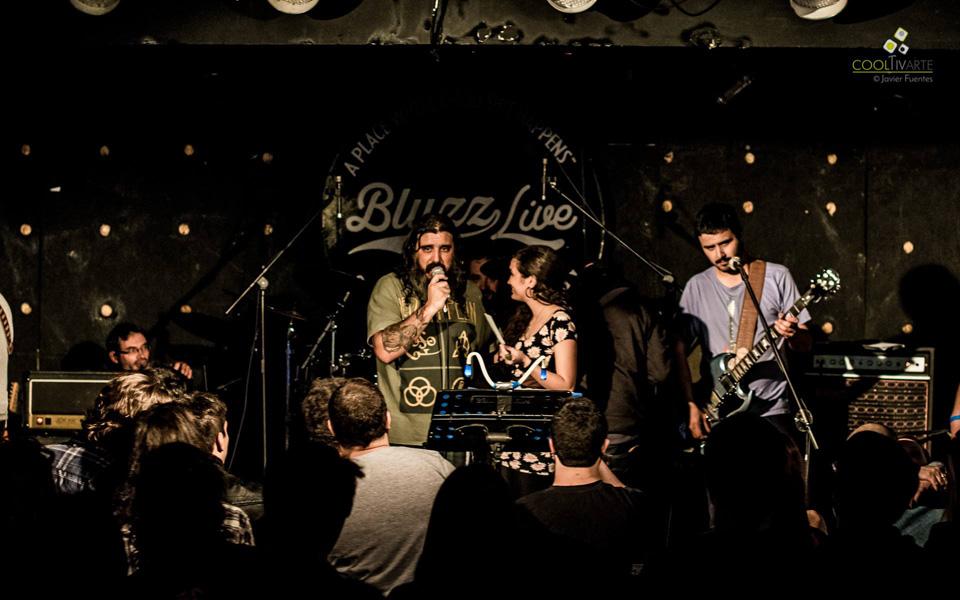 Tributo a Pearl Jam, Bluzz Live Montevideo. 19 de Setiembre 2015 - Foto © Javier Fuentes. www.cooltivarte.com