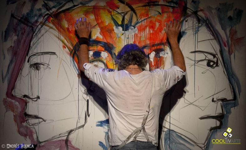 """Claudio Taddei presentó su último Cd-Dvd """"InTuiTiVo"""". Un espectáculo de canciones, imágenes, palabras y silencios, donde el sonido interviene en la pintura y viceversa. Sábado 15 de noviembre - Sala Hugo Balzo del Sodre (Montevideo, Uruguay) Foto: Andrés Cuenca"""