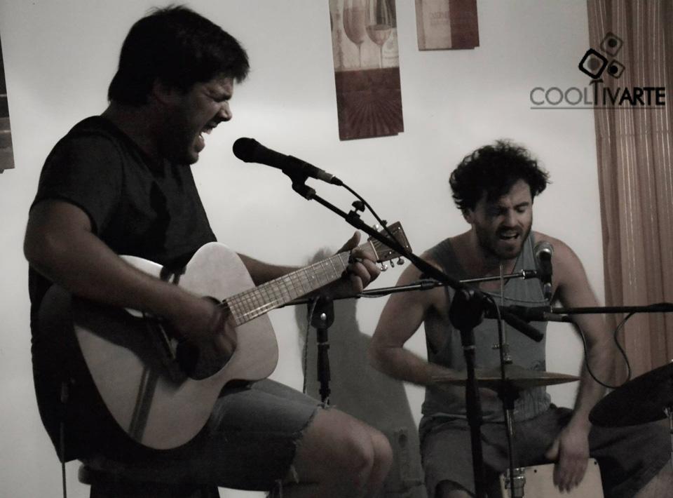 Música-en-Nueva-Helvecia---Nico-Caraballo-y-Nico-Constantin-foto-daniela-hernandez