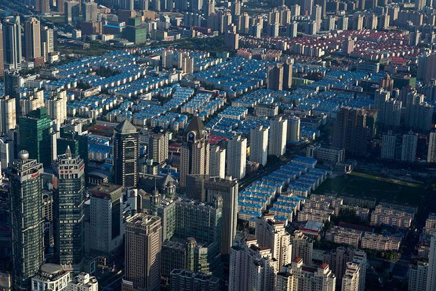 TAMBALEANDO EN LOS CONFINES DEL MUNDO Lecturas Sobre La Contemporaneidad China