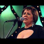 Divididos – Laura Canoura