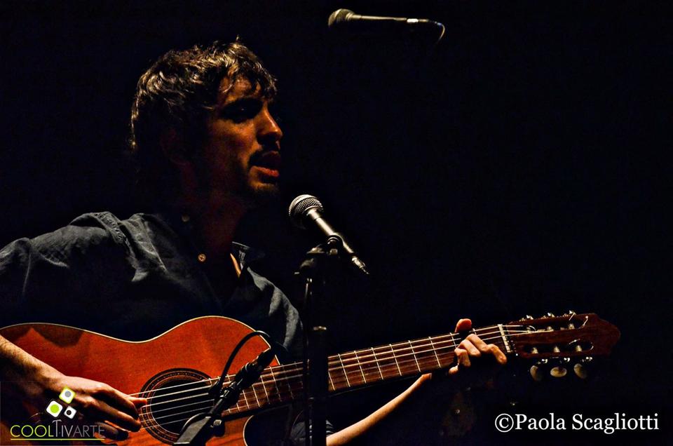 Presentando-Baila-sobre-fuego-en-Sala-Zitarrosa--Noviembre-2015-Franny-Glass-Pablo-Dacal-Foto--Paola-Scagliotti
