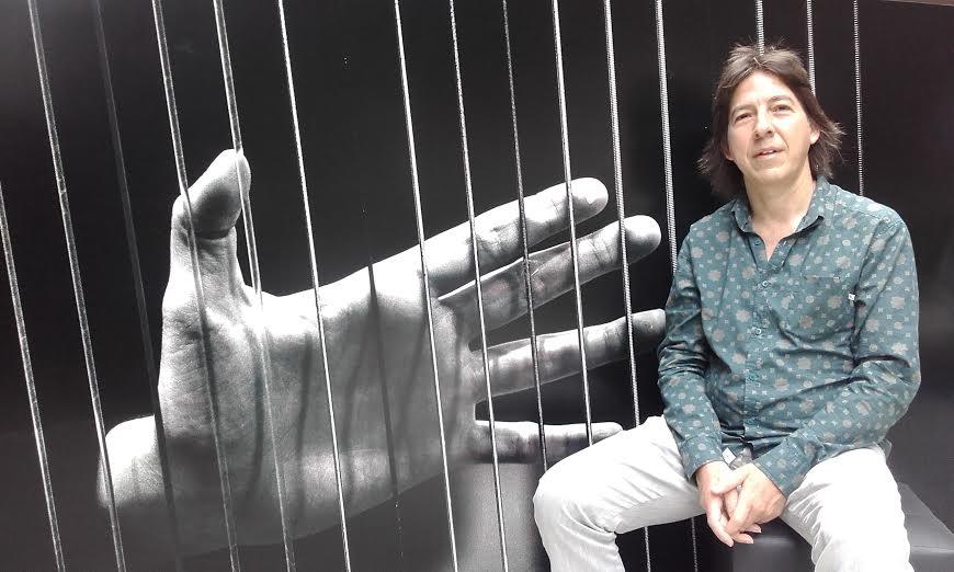 Sergio-Fernandez-mano-cuerdas - Foto gentileza del entrevistado