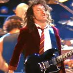 AC/DC – Hell Ain't a Bad Place to Be