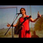 Gurí pescador – Canción azul que viaja / Queyi en Teatro Solís