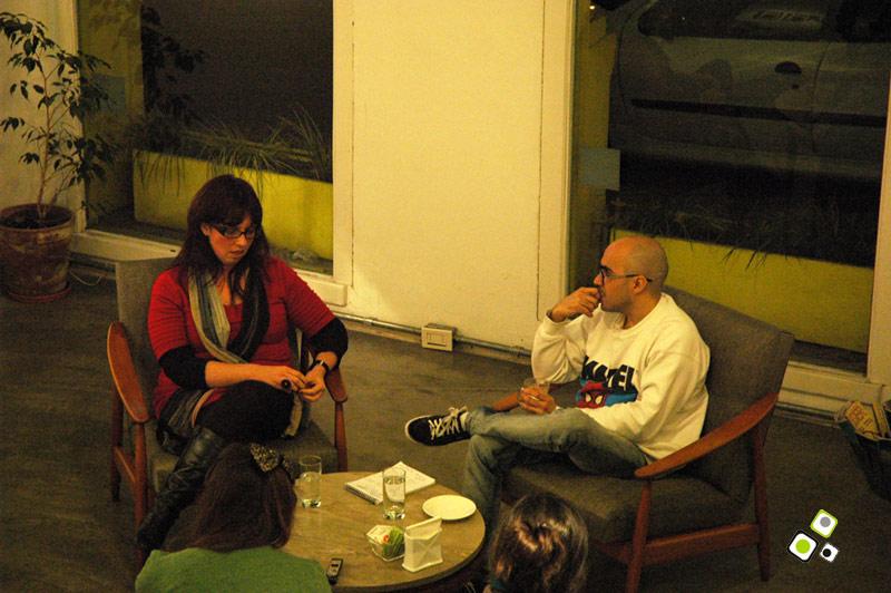 JACQUELINE LACASA CHARLA CON DANI UMPI - IKEBANAS DEL PLATA - 10 DE AGOSTO DE 2012 - Galeria SOA - Foto © Federico