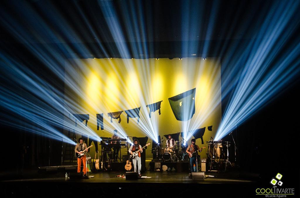LOS PROLIJOS PRESENTAN RÚSTICO - Invasión Espectacular - 18 Noviembre 2016 - Teatro El Galpón - fotos por Lucía Aguirre