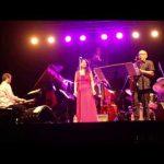 Maucha Adnet y Duduka da Fonseca Trío – Canciones que aprendí con Jobim