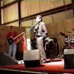Mi amigo Darno… peleando por mí en el escenario! Shyra Panzardo