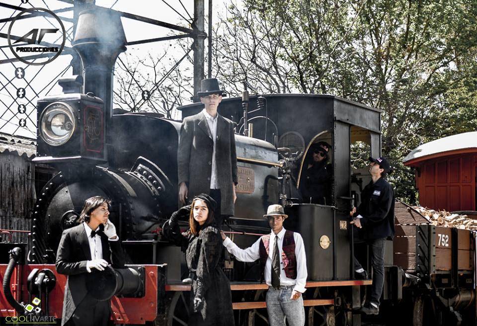 Actividad creada por Teatro del Barrio Peñarol - 7 y 8 de octubre 2017 - Fin de semana del patrimonio - Foto Héctor AT