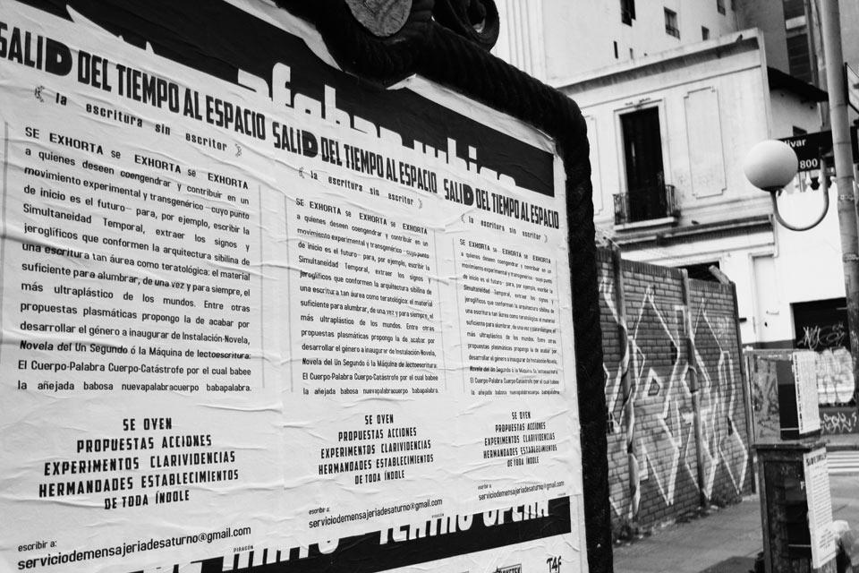 Salid del tiempo al espacio diálogo entre el escritor argentino Bob Chow