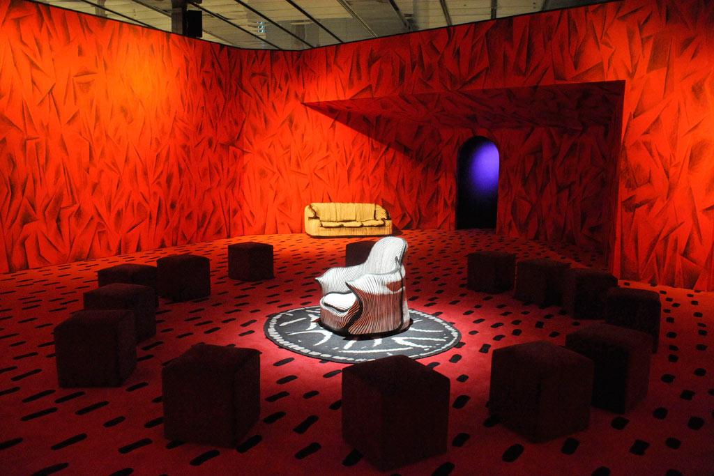 Imagen de Portada: Guillermo Kuitca, David's Living Room Revisited