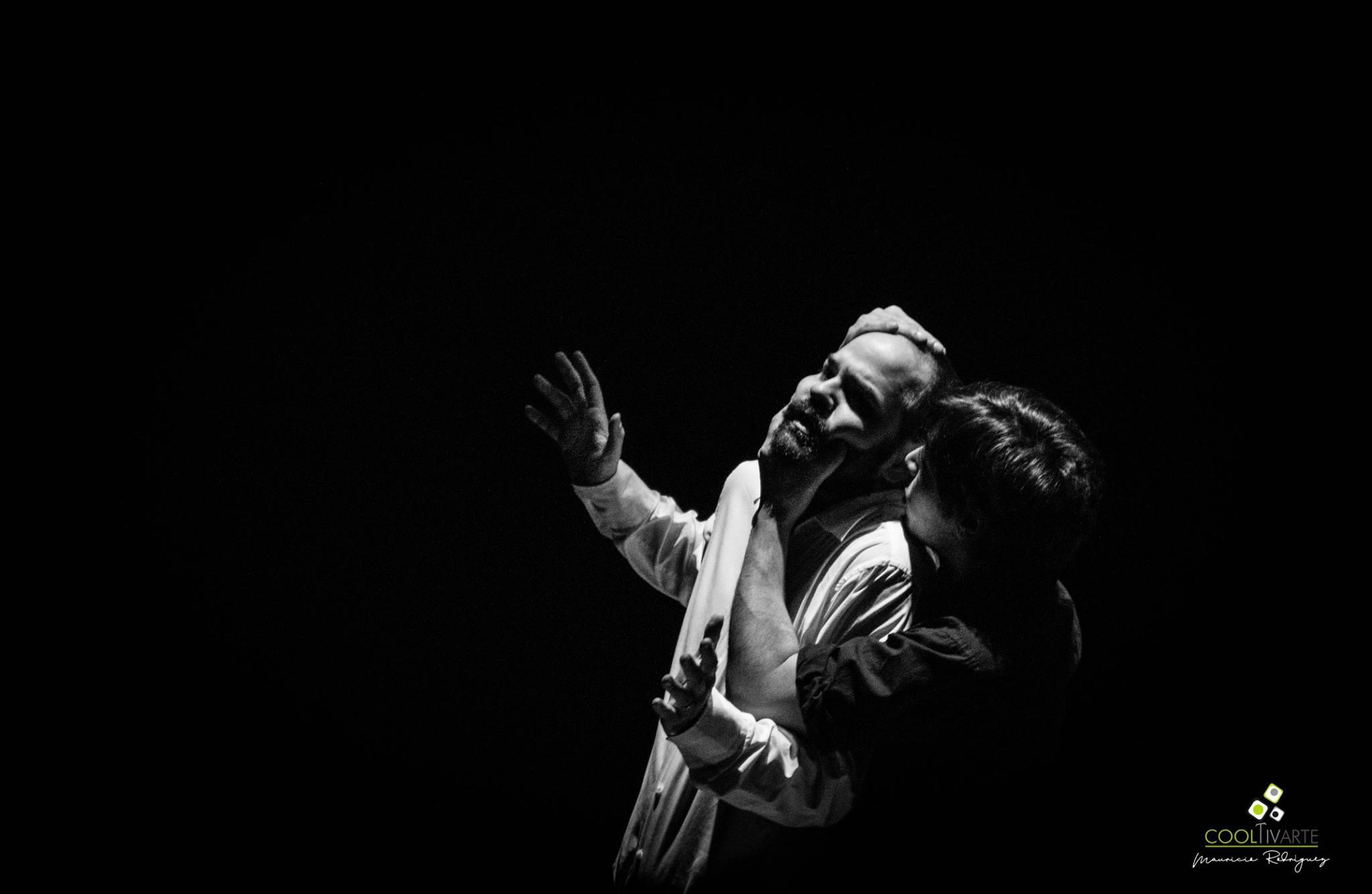 Ruido - Obra de Bruno Acevedo - Sala Zavala Muniz 26.06.18 - Con Julio Garay Pereyra Ximena Echevarria Germán Weinberg - Fotografía Mauricio Rodriguez - www.cooltivarte.com