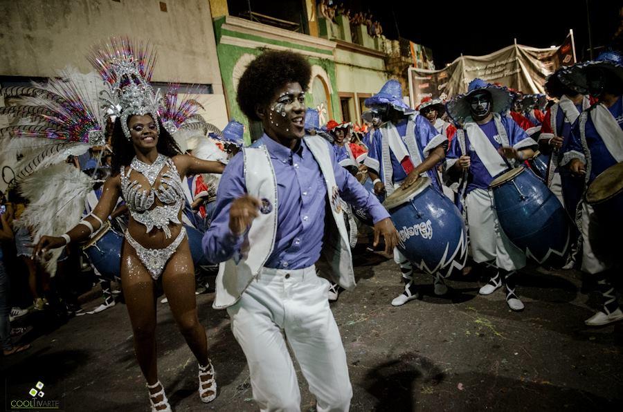 Desfile de llamadas 2019 - isla de flores - fOTO Gastón Pmienta www cooltivarte com