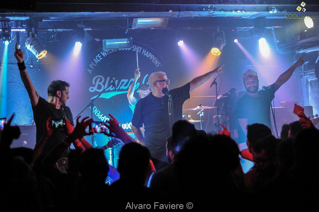 Trotsky Vengaran en Bluzz Live Fotografia © Alvaro Faviere www.cooltivarte.com