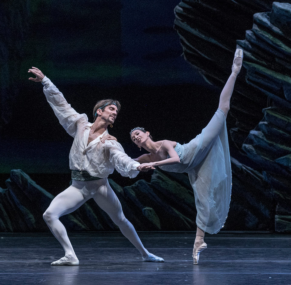 """Con entrada gratuita y con la dirección de Paloma Herrera el El Ballet Estable del Teatro Colón estará presente en el ciclo """"Danzas en Compañía"""" en el Teatro de la Ribera."""