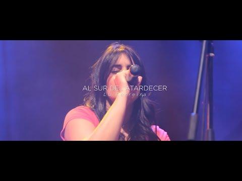 Lucía Ferreira - Al Sur Del Atardecer en vivo en La Trastienda. Esta canción final de Cayó la Cabra, fue interpretada tiempo después por La Vela Puerca. En esta ocasión en vivo en La Trastienda por Lu Ferreira.