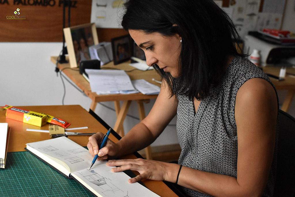 Carolina Palombo Píriz es arquitecta y diseñadora industrial Diciembre 2019 - Fotografía Magdalena Patiño Roquero www.cooltivarte.com