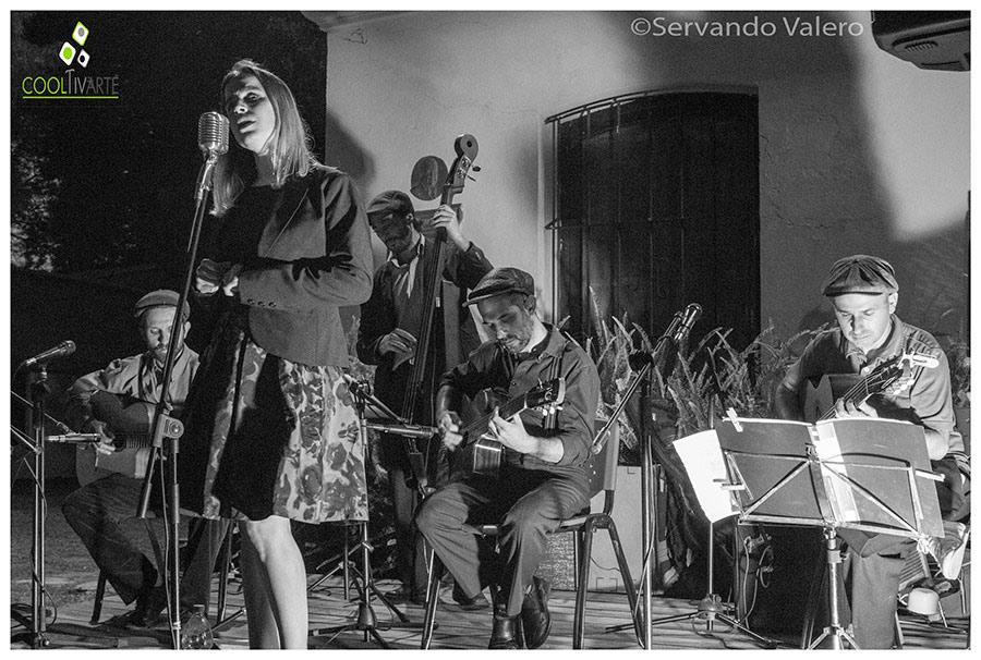 Swing Manouche, Jazz, Blues, Bolero, Tango Azotea de Haedo - Punta del Este 23 de Enero de 2020 Foto © Servando Valero www.cooltivarte.com