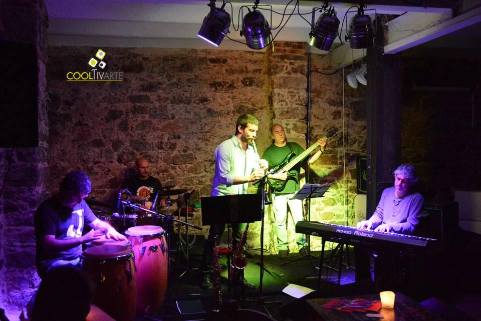 imagen - Latin Banda en Paullier y Guaná - Octubre 2013 © Federico Meneses