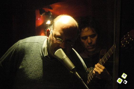Pablo Galante presentando Noche de ronda. Foto: Federico Meneses