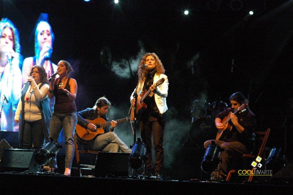 imagen - MPU en Teatro de Verano. Abril 2011 © Federico Meneses