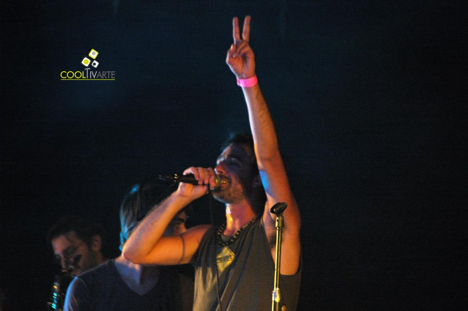 imagen - Marulata en escenario Kibón - Enero 2011 © Federico Meneses