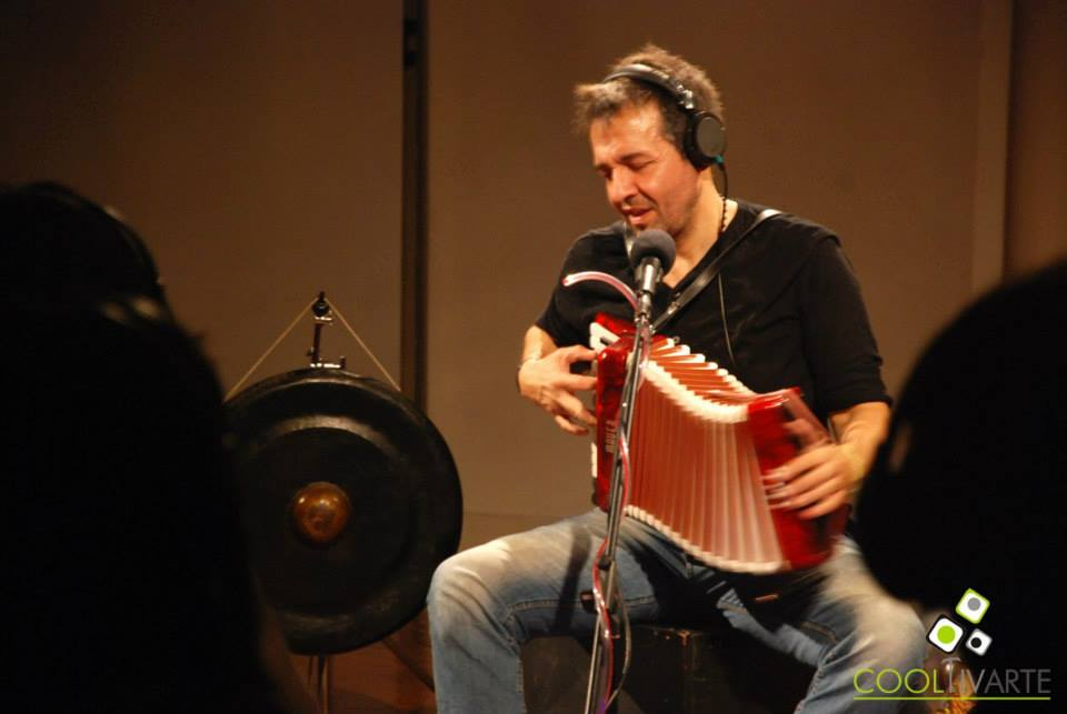 imagen - Nico Arnicho Superplugged Sexta Temporada Sala Delmira Agustini · Teatro Solís 6 Junio 2015 Foto © Igor Chuff