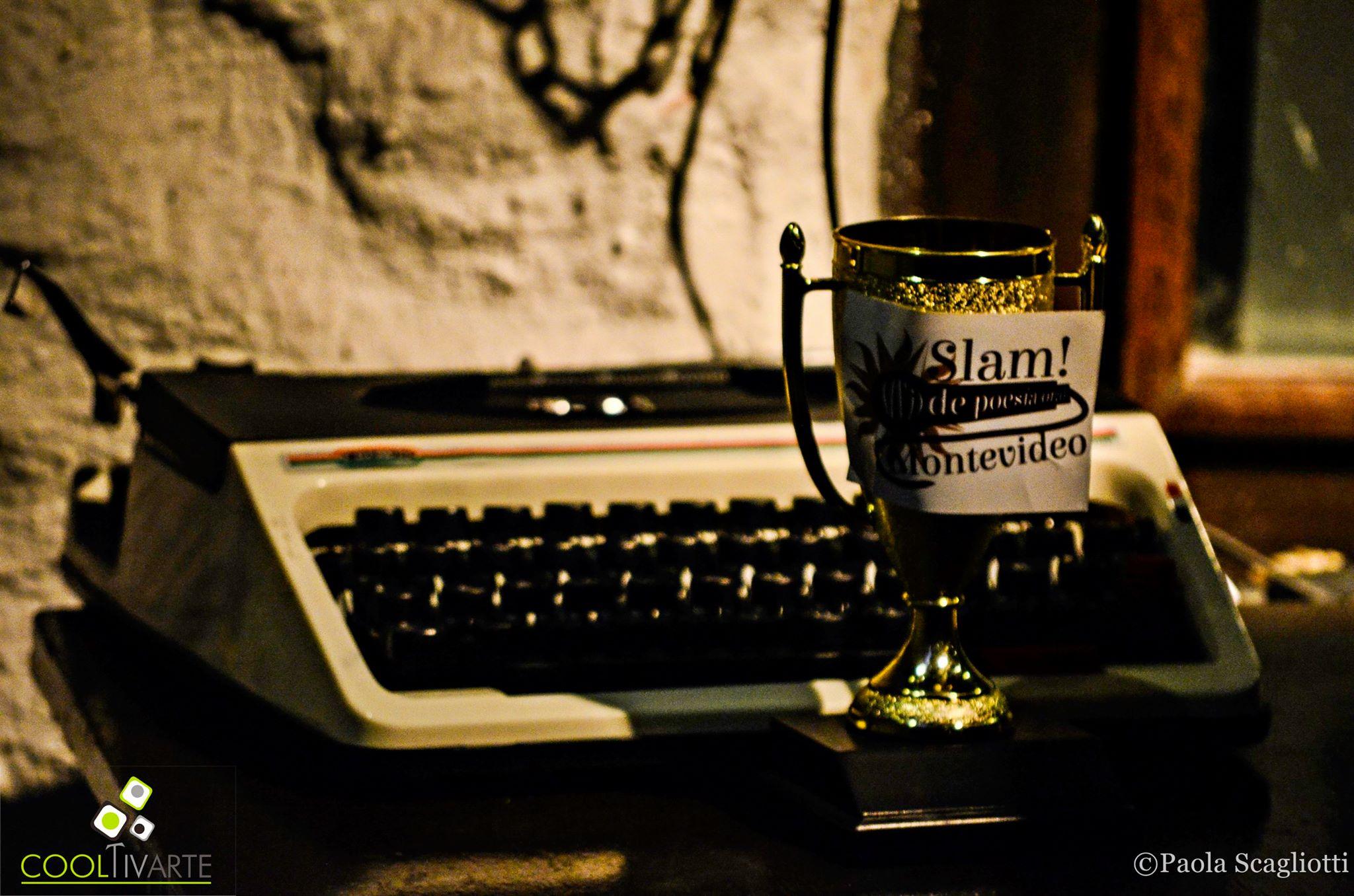 "cooltivarte - 6to SLAM de poesía: ""AGUANTATE LA POESÍA MONTEVIDEO""- Agosto 2015 Foto © Paola Scagliotti"