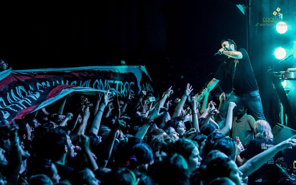 """Las Pastillas de Abuelo en el lanzamiento de su nuevo disco """"Paradojas"""" en La Trastienda Club Montevideo. 11 de Diciembre de 2015. Foto © Javier Fuentes Photography"""