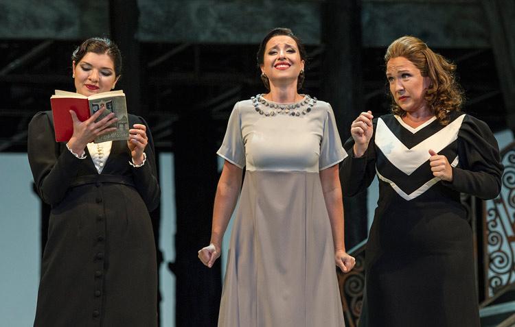crédito: Prensa Teatro Colón /Arnaldo Colombaroli o Prensa Teatro Colón /Máximo Parpagnoli