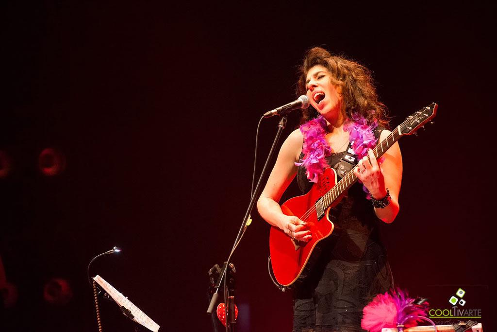 "Rossana Taddei ""Cuerpo ELéctrico"" Auditorio del Sodre - Agosto 2018 Fotografía Martín Pereira www.cooltivarte.com"