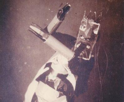 Sophie Taeuber bailando dadá en 1916