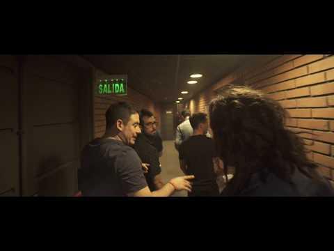 """Video en vivo de un viejo himno de la banda junto con Joel Capdeville en guitarra en la presentación del show """"Por la huella"""". Sala Hugo balzo del Sodre, 10 de Agosto de 2018. Inquilinos del reggae"""