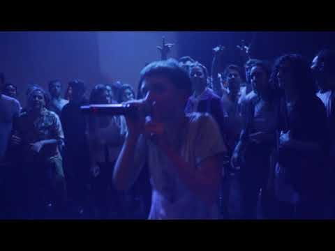 Brujas es el single que Eli Almic compuso para denunciar los feminicidios en Uruguay a principios de 2018. Acá va la versión en vivo extraída de la presentación de Reflejo en la Sala Hugo Balzo, el 20 de Junio.