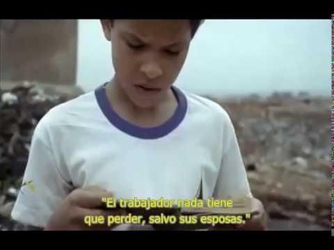 """Imagina que un niño de las favelas de Brasil encontrase este libro. Esta es la premisa de la que parte un multipremiado corto que está maravillando a todo el que tiene la suerte de cruzarse con él. """"Mi amigo Nietzsche"""" se titula en realidad """"Meu amigo Nietzsche"""" y es un corto cinematográfico brasileño escrito y dirigido por Fáuston da Silva."""
