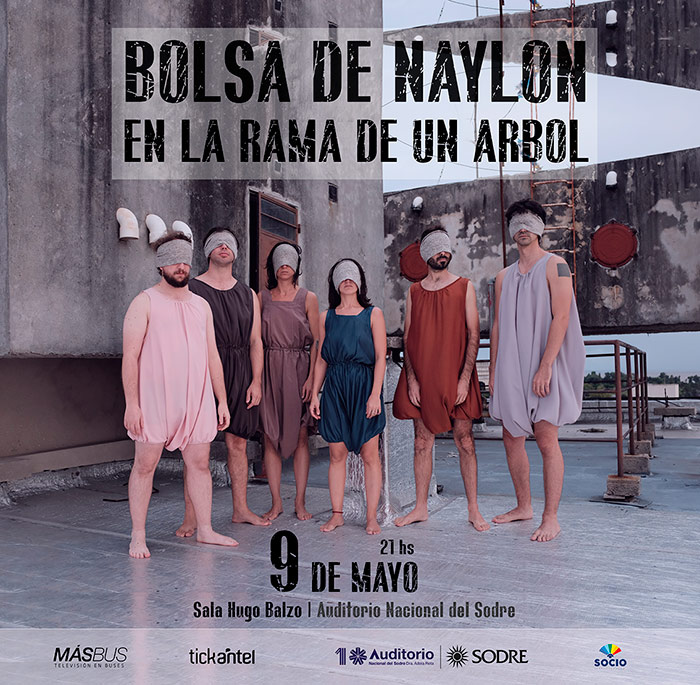BOLSA DE NAYLON EN LA RAMA DE UN ÁRBOL El jueves 9 de mayo la banda Bolsa de naylon en la rama de un árbol,encabezada por el compositor uruguayo Diego Cotelo, presenta su primerdisco en la Sala Hugo Balzo del Sodre.