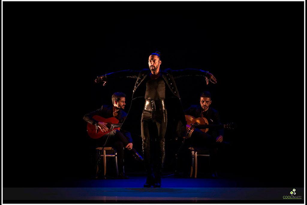 """Eduardo Guerrero En el marco de la Temporada de Flamenco 2019 """"Tablao"""" Marzo 2019 - Teatro Solís - Foto © Tarumán Corrales www.cooltivarte.com"""